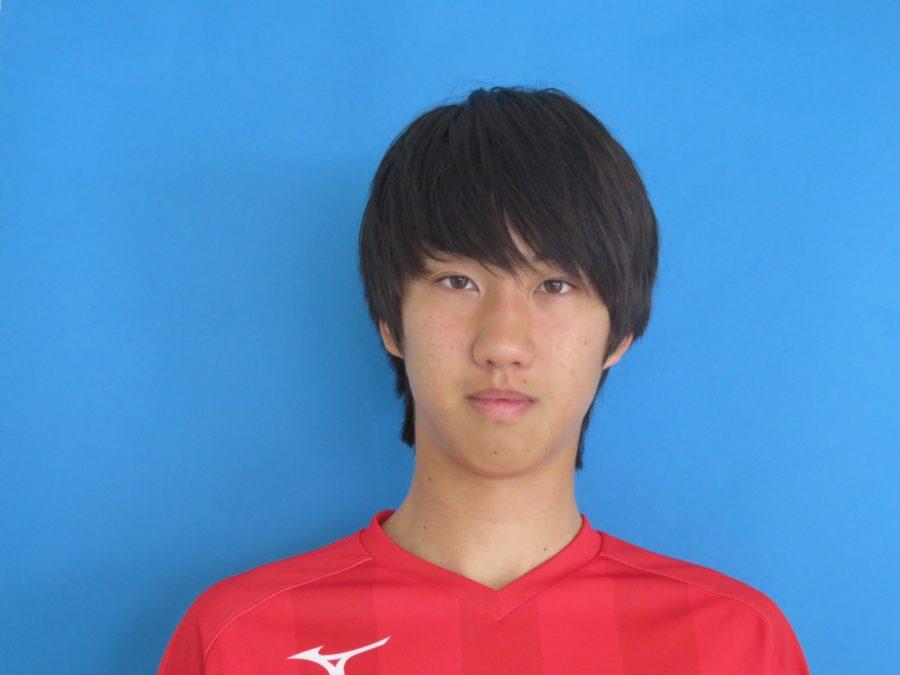 ボランチ / 169cm / 56kg / 高槻FC