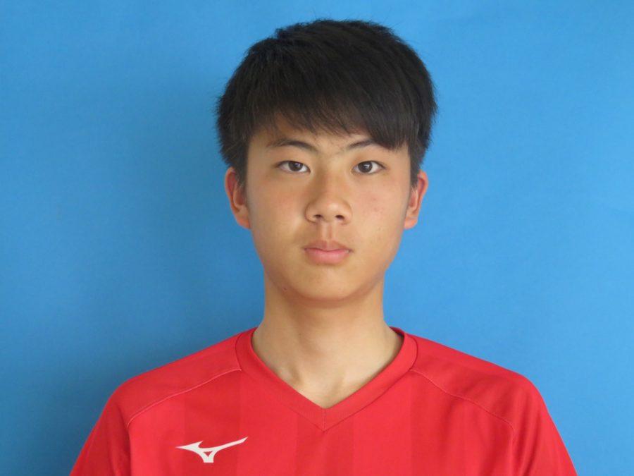 ボランチ / 173cm / 60kg / 和泉FC